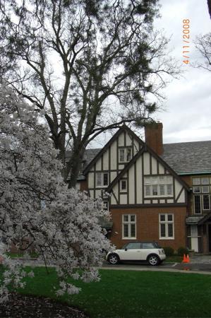 Kuhn House
