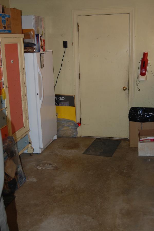 Looking toward garage door.  You can open the freezer now!